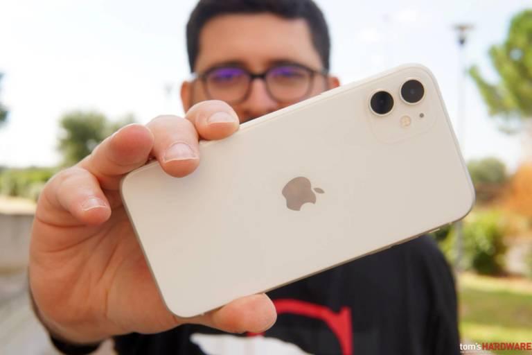 Coronavirus, per gli analisti le spedizioni iPhone caleranno del 10% nel Q1 2020