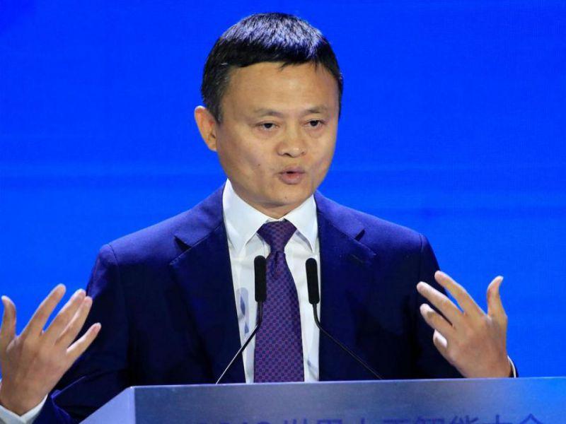 Coronavirus, Jack Ma e Alibaba hanno donato all'Italia molte mascherine e kit