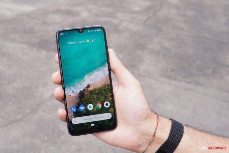 Il mercato degli smartphone a febbraio 2020 ha registrato un -38% rispetto all'anno precedente