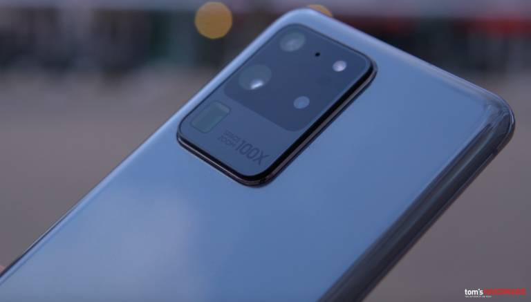 Samsung Galaxy S20 incontra l'universo Marvel: ecco l'edizione dedicata ad Iron Man