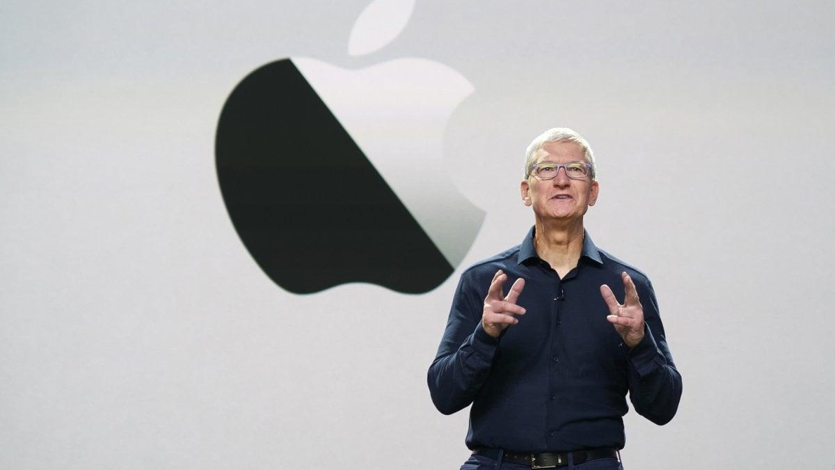 Apple svela iOS 14 alla WWDC 2020: ora l'iPhone mette in moto l'automobile. Salto generazionale per i Mac