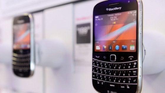 Il ritorno del BlackBerry: uno smartphone 5G con tastiera fisica