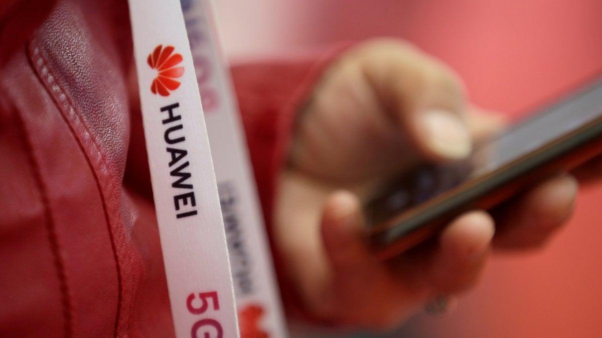 """""""Tante mani, tanti occhi"""": Huawei presenta il suo centro per la Cybersecurity e la trasparenza a Roma"""