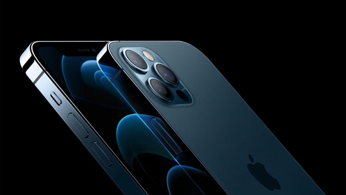 iPhone 12, la nuova macchina totale