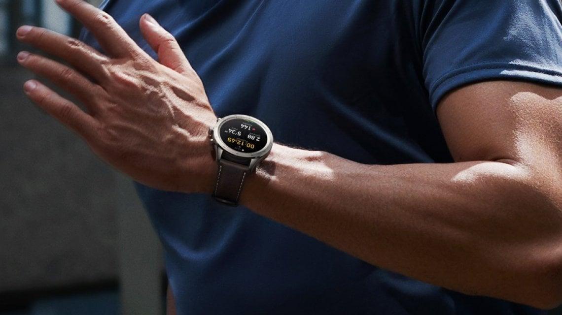 Zepp Z, lo smartwatch classico ma anche sportivo e multifunzionale